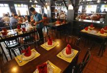 Nhà hàng Ban Khun Mae ở Bangkok