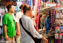 cách mặc cả khi mua hàng tại Thái Lan