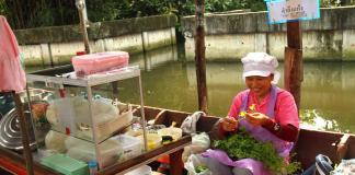 Chợ nổi Bang Nam Pheung