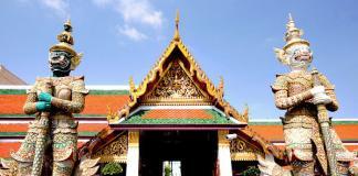 Đền Phật Ngọc Wat Pra Keaw ở Bangkok