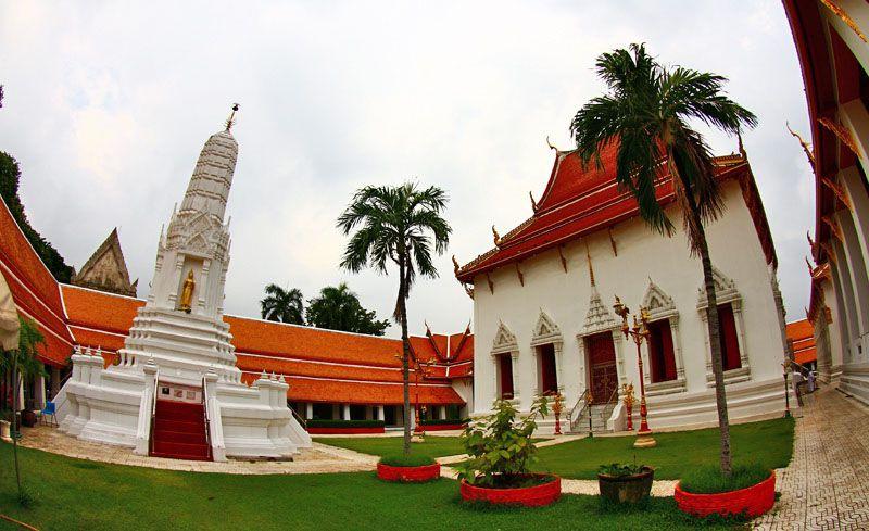 chùa Wat Mahathat Thái Lan