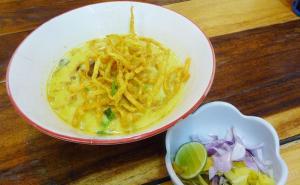 Món Khao Soi