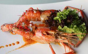 Ăn tối trên du thuyền tại Bangkok