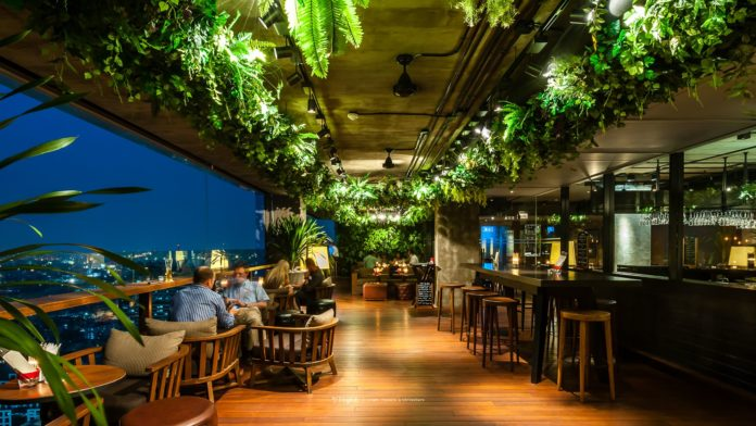Scarlett Wine Bar and Restaurant - Ảnh: withlight.co.th