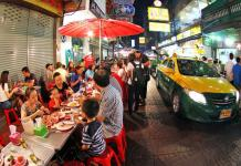 Street food ở Chinatown Bangkok