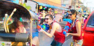 Lễ hội té nước Songkra ở Chiangmai - Ảnh 3