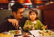 Trẻ em ăn đồ Thái. Photo: GettyImages
