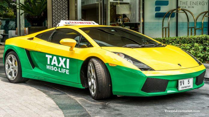 Dịch vụ taxi bằng siêu xe Lamborghini