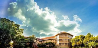 Vimanek Mansion Museum (Bảo tàng dinh thự Vimanmek)